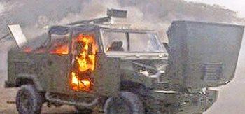 Grupo comando habría incendiado vehículos del Ejército en el sur