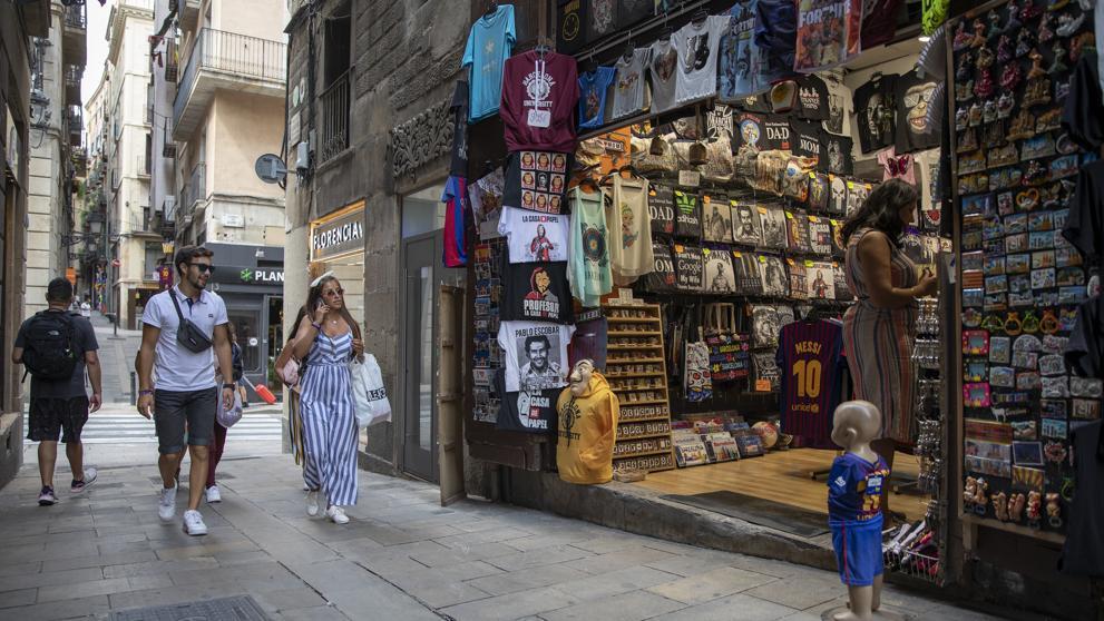 Pandemia: Gobierno catalán admitió que el 30 % de sus comercios no abrirán