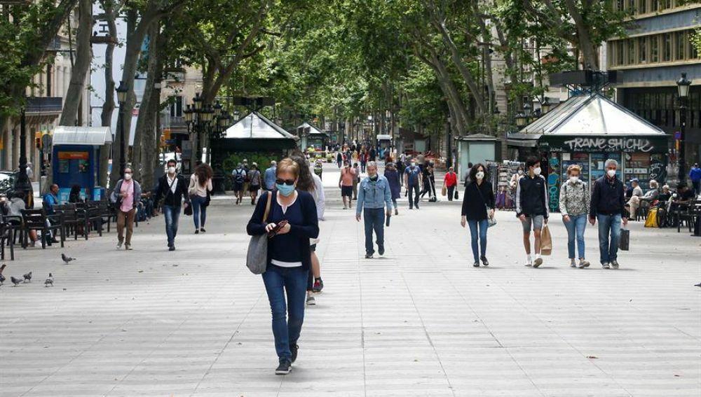 Pandemia: Gobierno catalán ordena restricciones en Barcelona y otras ciudades