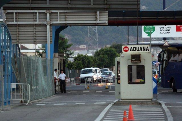 Tras acordar España con Reino Unido, en seis meses no existirá más La Verja del Peñón de Gibraltar