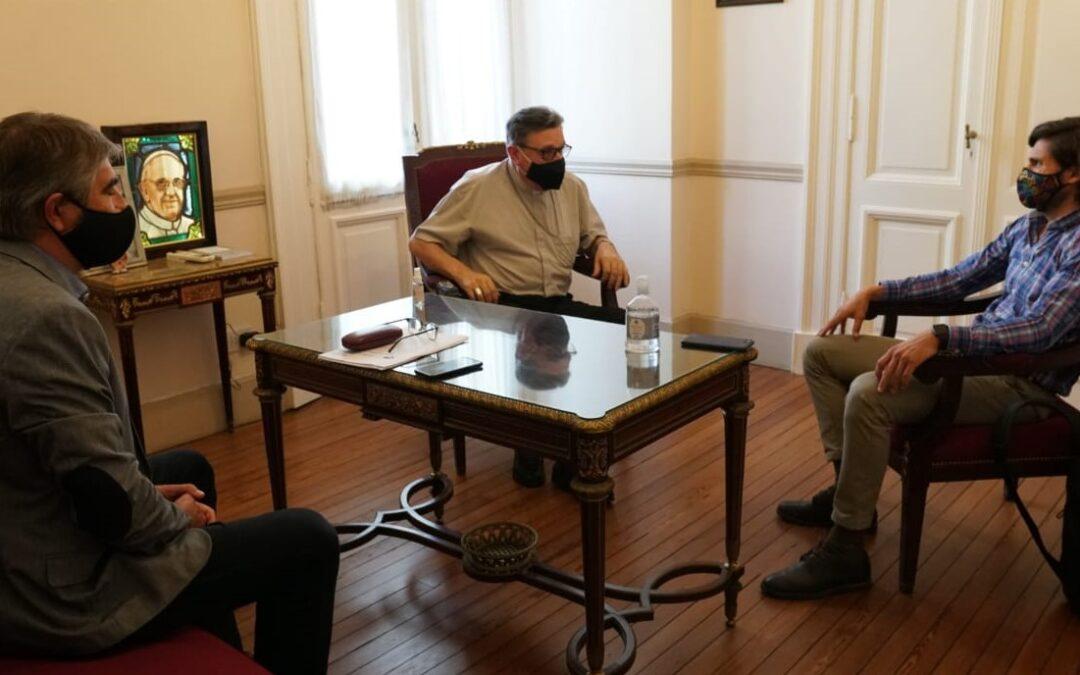 Pullaro y Bastía presentaron un proyecto para crear un observatorio contra la ludopatía a monseñor Martín