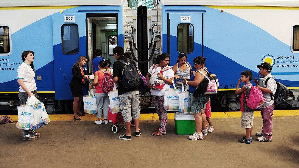 Nuevamente las estaciones de Córdoba y Villa María unidas por un servicio de trenes de cercanías