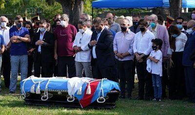 Los restos de Carlos Menem ya reposan junto al cuerpo de su hijo Carlitos