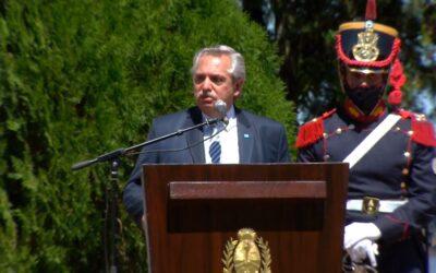 Fernández desde Yapeyú volvió a criticar a los medios de prensa y a la oposición por el 'Vacunagate'