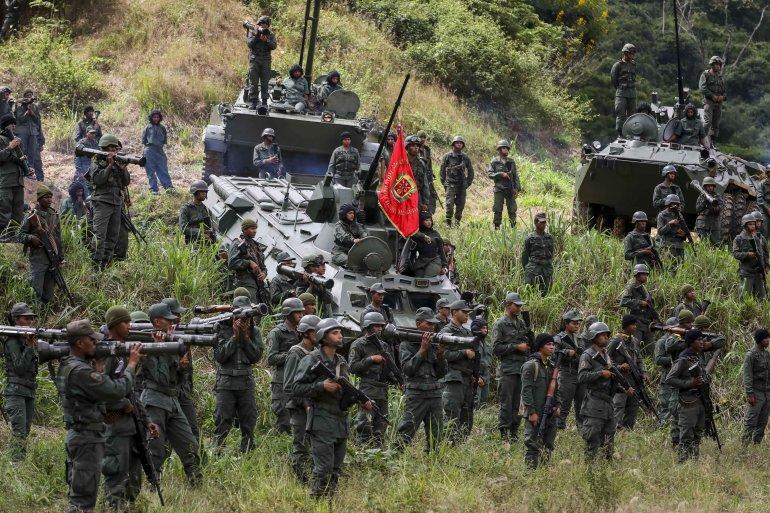 Encarnizados combates en la frontera colombiana-venezolana para controlar la ruta de la cocaína