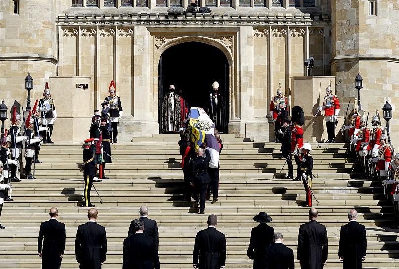 Sólo la familia real del Reino Unido dio su último adiós a Felipe de Edimburgo