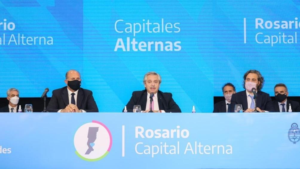 Alberto Fernández anunció en Rosario millonarias obras públicas para la ciudad, la región y la provincia