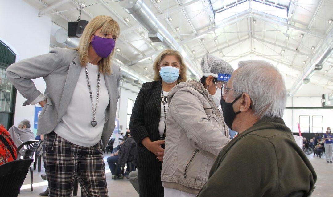 Covid-19: Llegan a Santa Fe más vacunas Sputnik V para mayores de 70 y menores de esa edad