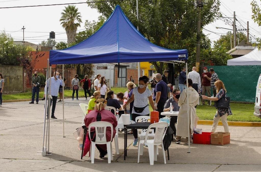 Coronavirus: Nuevo operativo de testeos en vecinos de los barrios Alem y Oroño de San Lorenzo