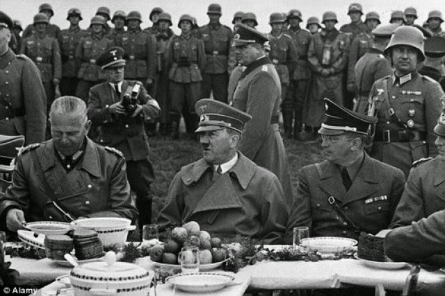 Introspecciones: 'Al Führer Adolf Hitler les gustaban las milanesas'