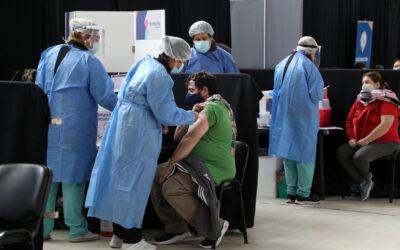 """Martorano: """"Las diferentes ampliaciones en los vacunatorios provinciales nos permitirán aplicar aproximadamente 40.000 dosis diarias"""""""