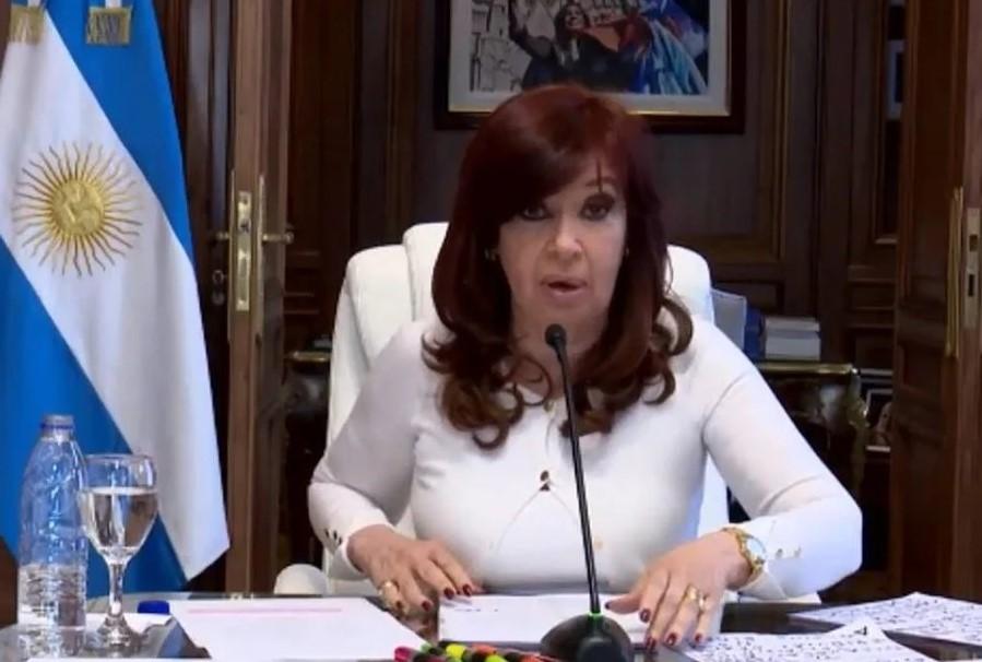 """Para CFK la causa por el Memorandum por la AMIA es un """"disparate judicial, institucional y político"""""""