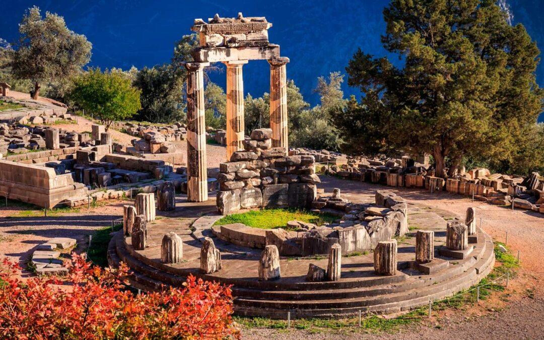 Delfos, el 'ombligo del mundo' en el Monte Parnaso