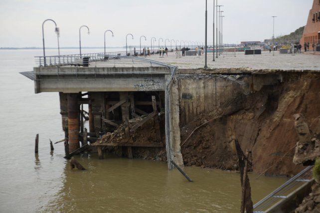 Parque España: El desmoronamiento fue producto de la fuerte bajante del río Paraná precisa informe municipal