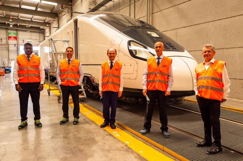 Talgo y Repsol impulsan trenes de cercanías y media distancia con hidrógeno renovable