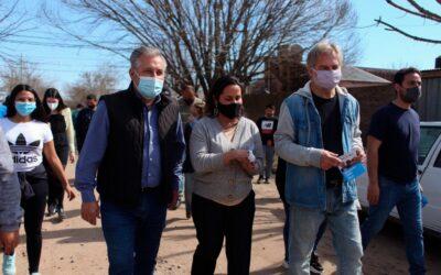 Mirabella y Lewandowski, de 'Hacemos Santa Fe', recorrieron barrios santafesinos y dialogaron con vecinos