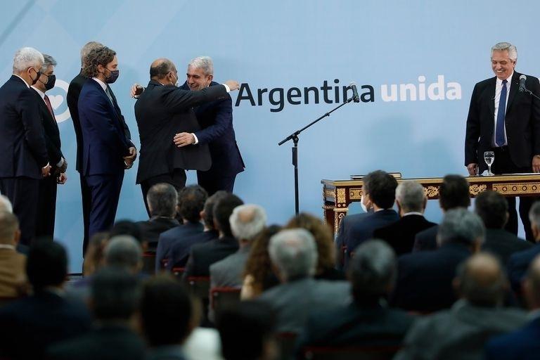 Alberto Fernández, pensando en las elecciones de noviembre venidero, oxigenó su gabinete con nuevos ministros