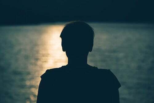Resurrección: 'A quien todos los días logra sacarmede la proscripción, del ostracismo …'