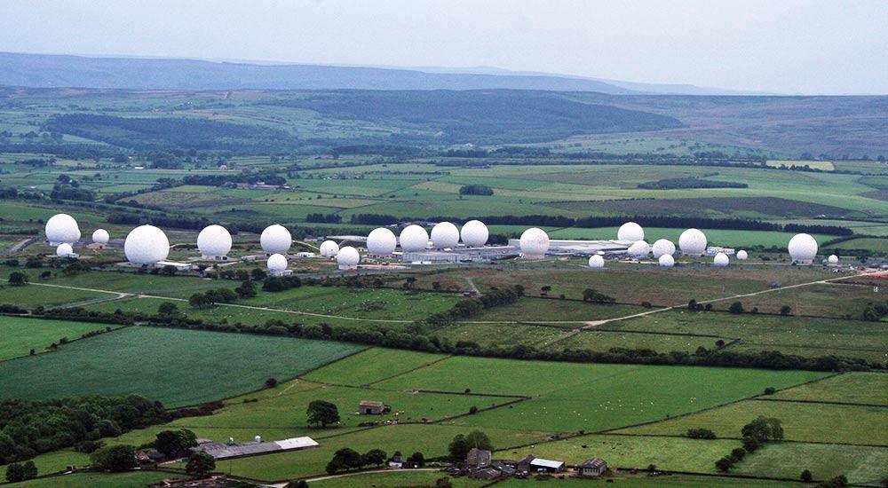 ECHELON y NSA, redes espectrales del espionaje electrónico mundial